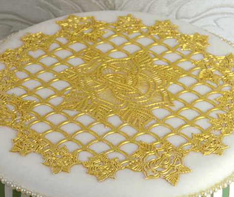 Ring Of Roses Cake Lace Mat